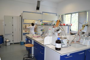 Laboratorul de Sinteze Organice (sala 63) - 4